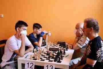 šachový turanj 8.jpg