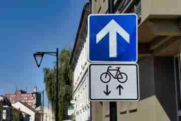 Cyklisti 3.jpg