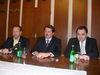 Primátor P. Hagyari, predseda NR SR P. Paška a župn P. Chudík na spoločnom stretnutí
